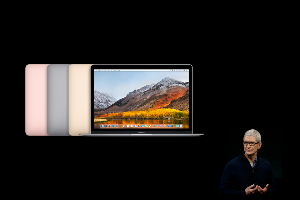 MacBook - Tim Cook