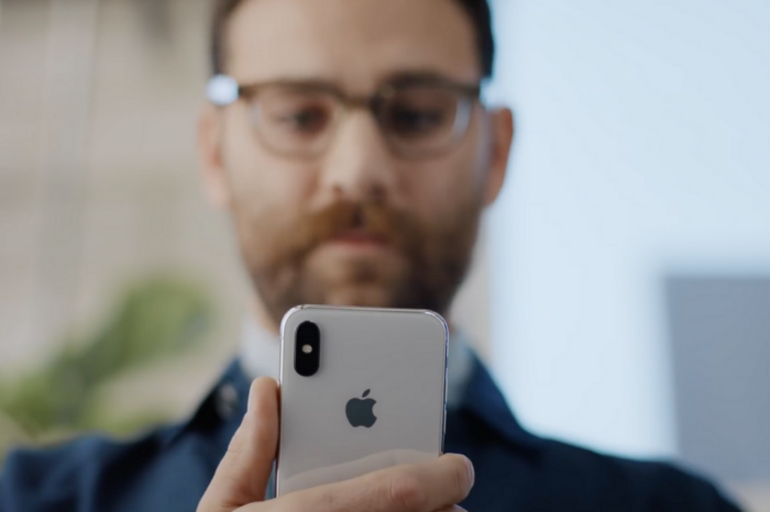 Apple shares new ads focused on Apple Pay on iPhone X