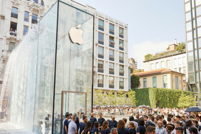 Apple opens breathtaking Piazza Liberty store in Milan, Italy