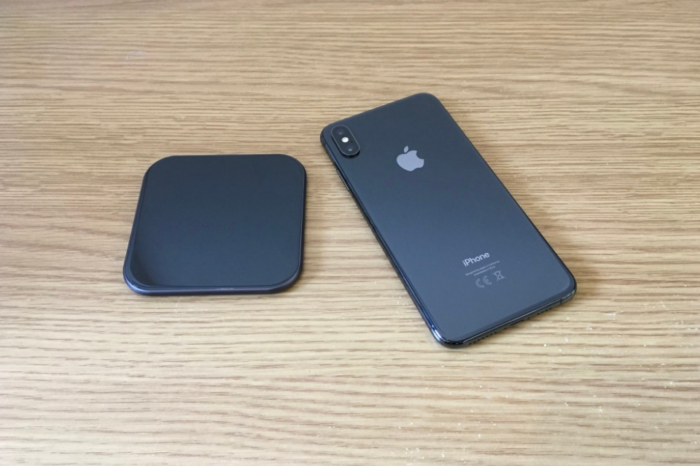 Te-Rich Wireless Qi Charger - iPhone XS Max - The Apple Post