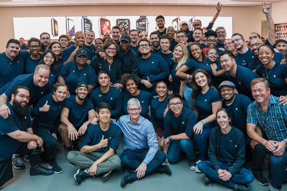 Tim Cook - Apple Soho