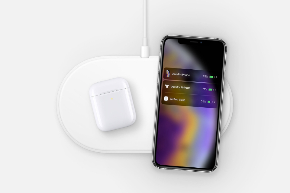 Hidden AirPower images with iPhone XS and AirPods discovered on Apple's website
